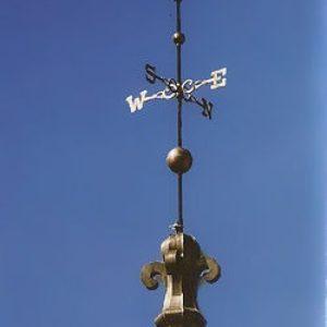 Grand Fleur-de-lis Roof Finial